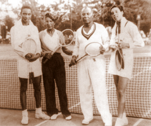 Ora Washington with Althea Gibson and others