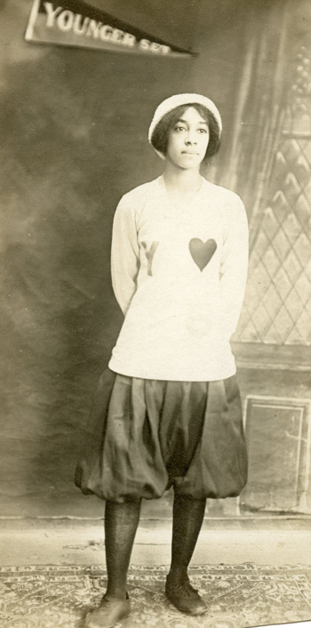Edith Trice of the Younger Set, in 1913.
