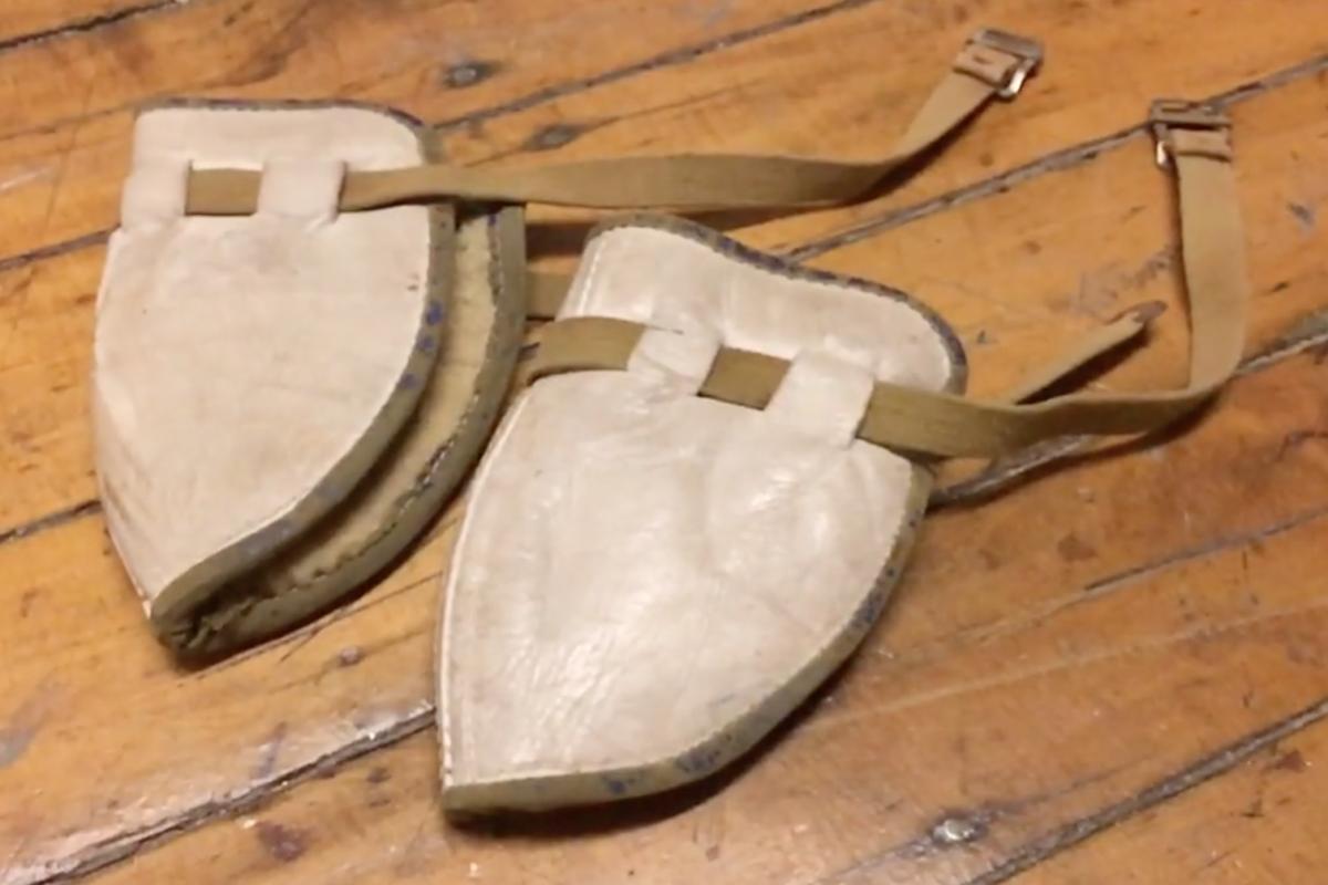 vintage-kneepads